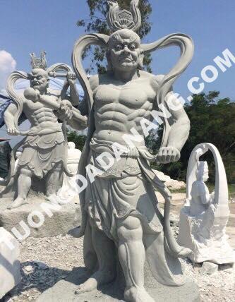 tượng Kim Cang