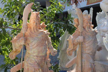 Điêu khắc đá Quan Công đẹp
